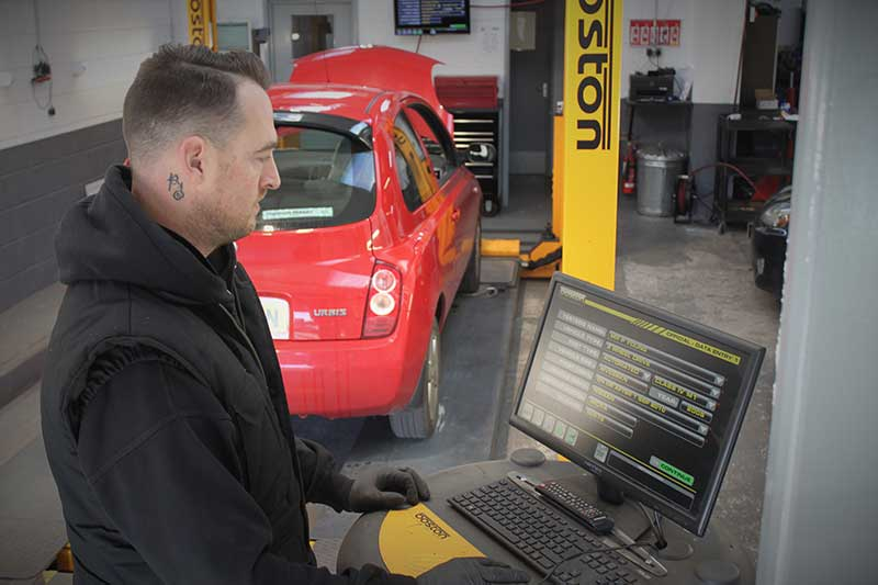 MOT test booking 28 days in advance